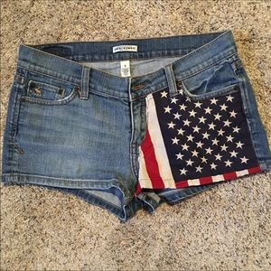 Abercrombie & Fitch American Flag Shorts Size 8